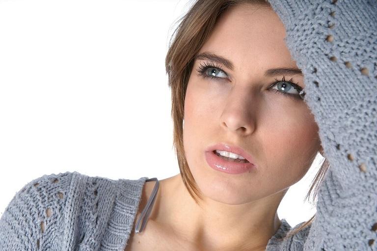 comment se retenir d'éjaculer: belle femme
